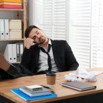 Leniwy pracownik – co z nim zrobić?